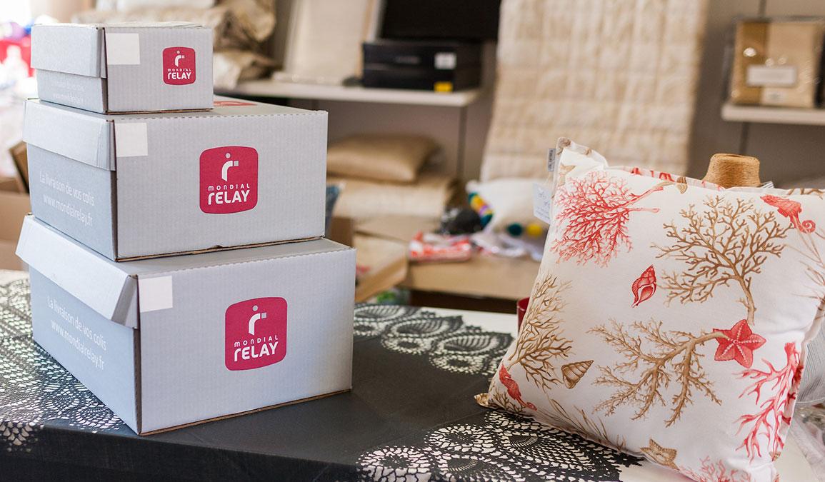 livraison gros colis mains colis zoom with livraison gros colis finest livraison de colis avec. Black Bedroom Furniture Sets. Home Design Ideas
